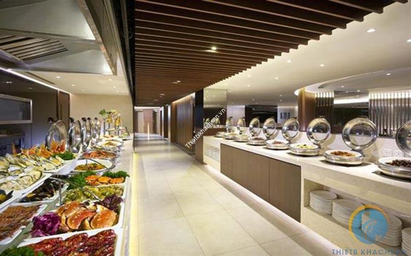 Buffet tối trong nhà hàng cao cấp