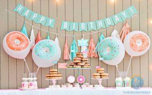 Tiệc ngọt sinh nhật cho bé